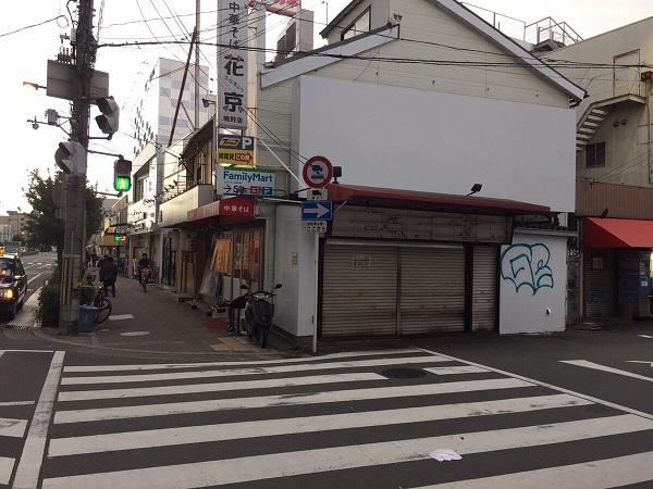 JR鴫野駅前